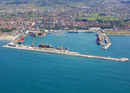 Porto di Marina di Carrara