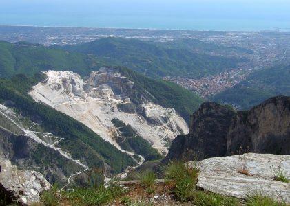 Sui nostri monti delle Alpi Apuane